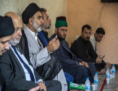 وفد من عتبات كربلاء يزور ذوي ضحايا تفجير مدينة الصدر ويقدم استعداده لعلاج الجرحى (فيديو)