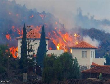 الحمم البركانية تلتهم منازل في اسبانيا (فيديو)