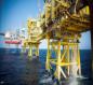 سعر برميل النفط يقفز أعلى من 75 دولارا للبرميل