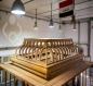 بالصور.. الانتهاءُ من صناعة الهيكل الخشبيّ لشبّاك مرقد السيّدة زينب (عليها السلام)