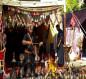 يستخدم رمزية الدلة والفنجان والعقال المقصب.. بيت بدوي فيه الامير يخدم الحسين (تقرير مصور)